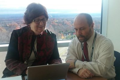 Roberta Luby and Dean Moroniti from UConn Health's HealthONE team (Photo by Chris DeFrancesco)