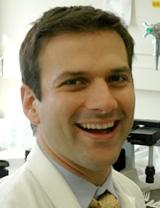 Dr. Flavio Uribe